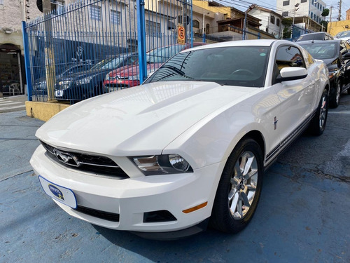 Ford Mustang 3.7 V6!!! Carro Impecável!!!