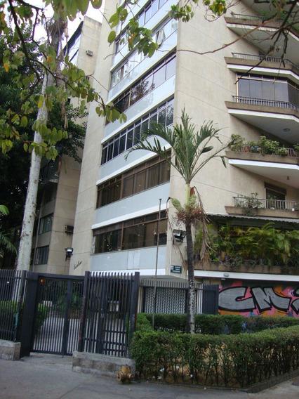 Confortable Apartamento En El Corazon Financiero De Caracas