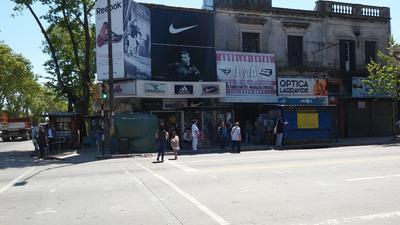 Local Comercial, De Octubre En Alquiler
