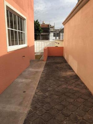 Depto-casa 78 M2, 3 Rec 2 Baños Patio Serv. Jardín 110m2