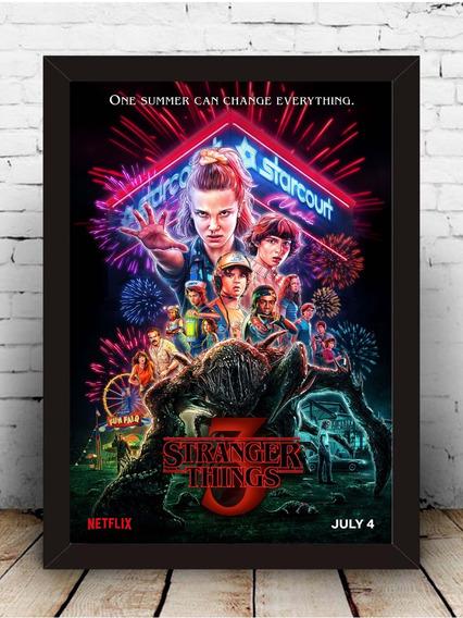 Poster Quadro Stranger Things 3 Moldura Com Vidro 33x43 Cm