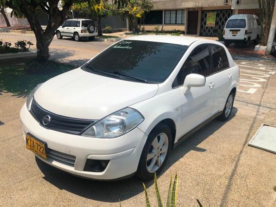 Nissan Tiida Premium, Modelo 2011, Automático, Color Blanco