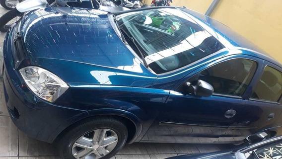 Chevrolet Corsa 1.0 - 2004- Financio,pego Moto E Cartão