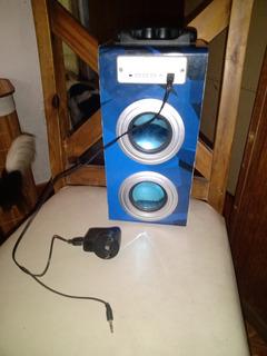 Parlante Portátil Bluetooth Color Azul A Reparar.