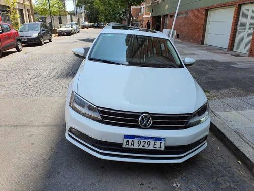 Volkswagen Vento 2017 1.4 Comfortline 150cv At