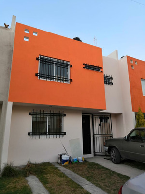 Casa En Fraccionamiento Mexicaltzingo
