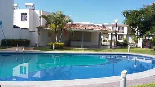 Casa Con Alberca Y Palapa En Xochitepec Morelos