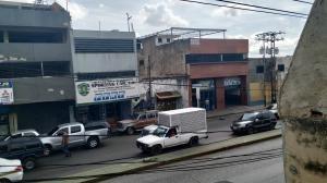 Local En Venta La Candelaria Valencia Carabobo 20-345 Rahv