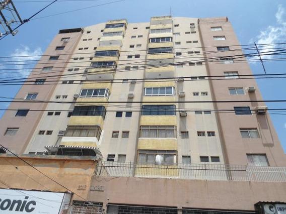 Venta Apto. Centro De Maracay Codigo 19-6298