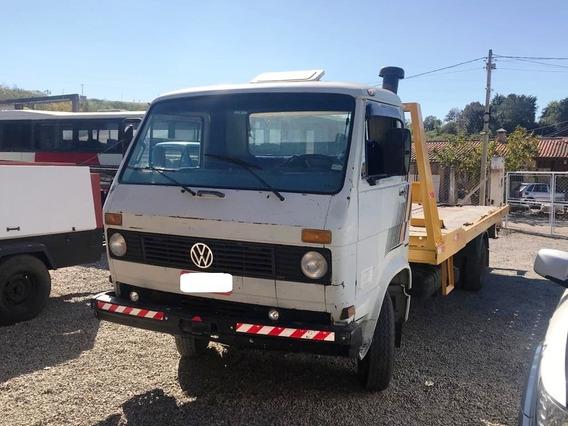 Volkswagen 6.90 Plataforma - Turbinado - Direção Hidraulica