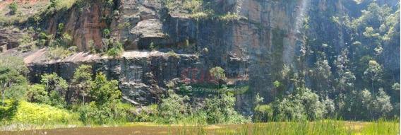 Sitio Em Jambeiro - 157.300m² - R$ 850.000,00 - Si0039