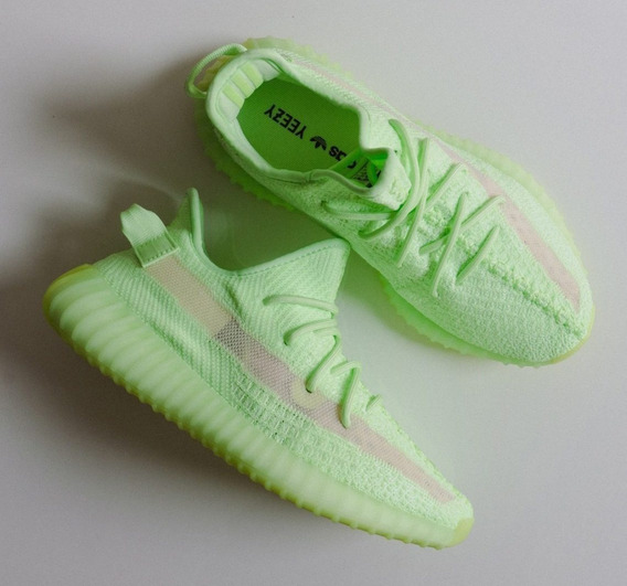Tênis adidas Yeezy Boost 350 V2 Glow In The Dark 15% Off