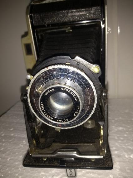 Máquina Fotográfica Analógica Antiga