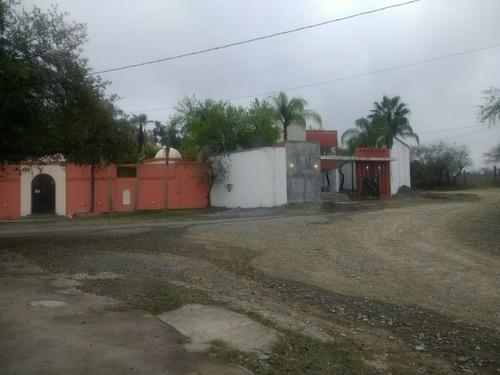 Quinta En Venta, Colonia El Barrial, Santiago, Nuevo Leon