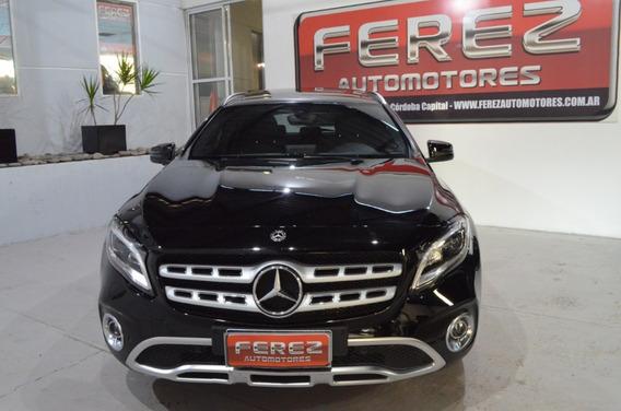 Mercedes Benz Gla200 Negro 2018 Nafta En Excelente Estado!!