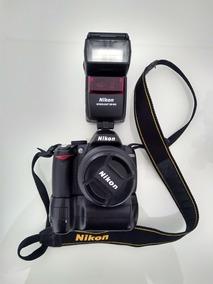 Nikon D3000 C/ Grip E Flash Sb600