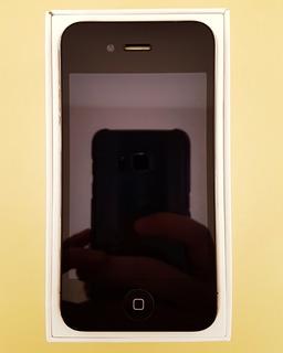Apple iPhone 4 16gb Tela 3.5 Câm 5mp / Operadora Claro