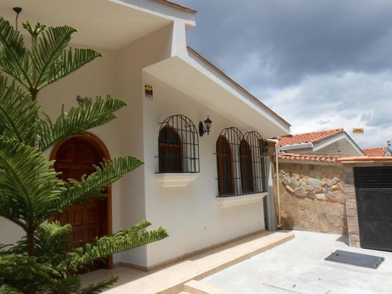 Casa En Venta Trigal Norte Valencia 20-6351 Ys