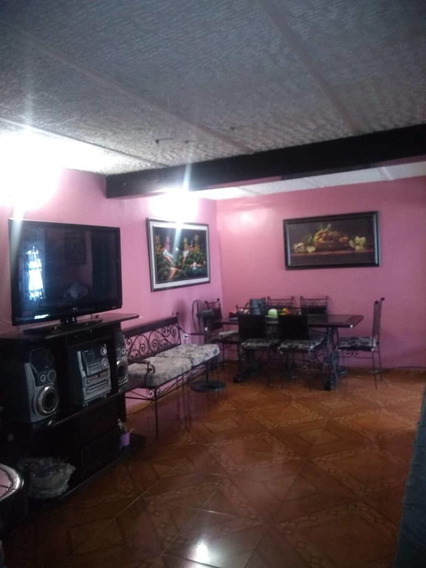 Excelente Casa En Av Carabobo