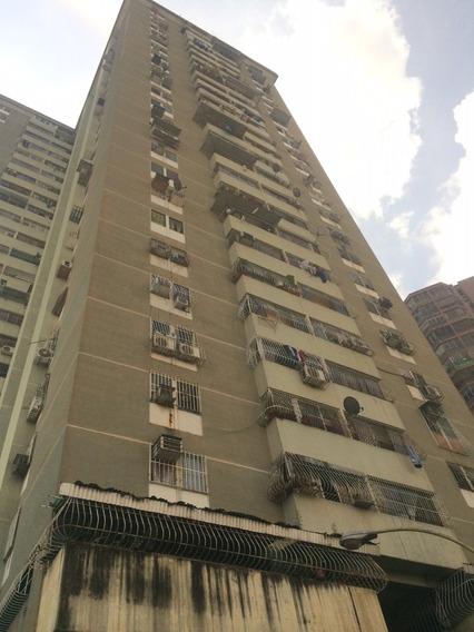 Je Vendo Apartamento En El Centro De Maracay