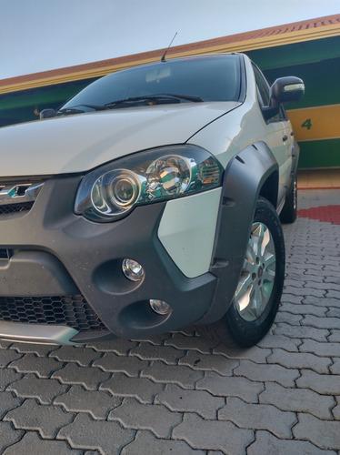 Fiat Palio Weekend 2014 1.4 Attractive Flex 5p