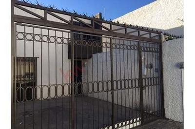 Casa En Renta Tequis, Privada, Habitación En Planta Baja.