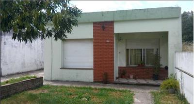 Casa En Venta A Reciclar, Barrio Juan Xxiii. Lujan