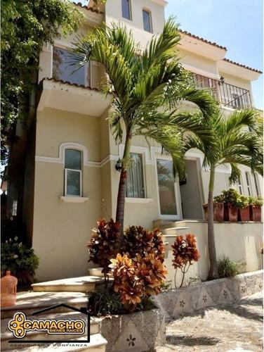 Casa En Renta, Colonia Burgos, 3 Recámaras. Omc-0132