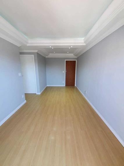 Apartamento Um Dormitório Com Garagem E Portaria 24hs