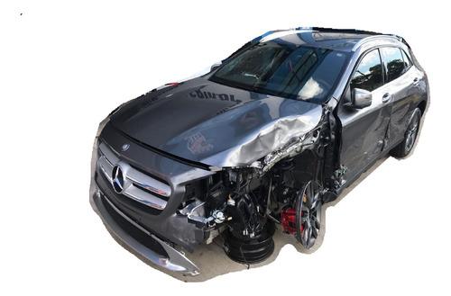 Imagem 1 de 14 de Mercedes Gla Sucata Para Retirar Peças Usadas