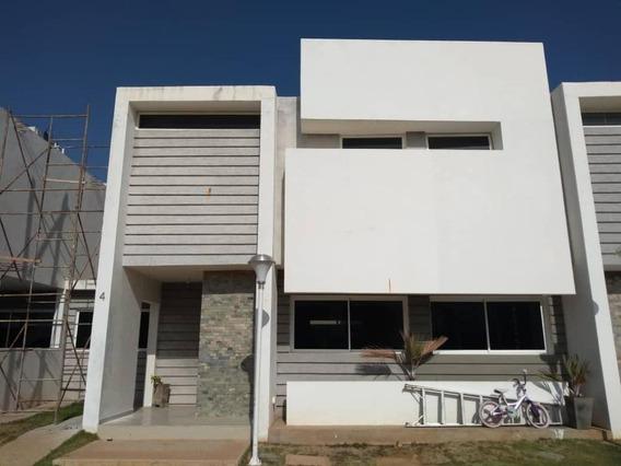 Townhouse Costa Linda Villas