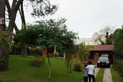 Casa Villa Gesell Av 2 Entre 117 Y 118 Solo A Familias
