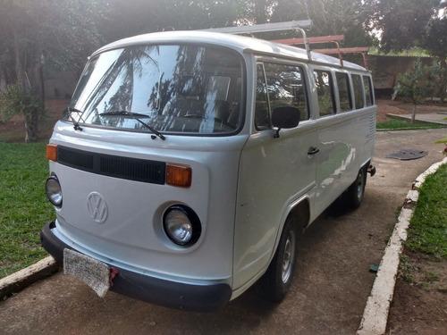 Imagem 1 de 8 de Volkswagen Kombi Cliper