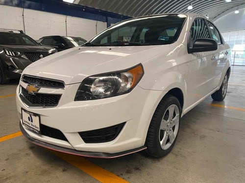 Imagen 1 de 13 de Chevrolet  Aveo  2017  4p Lt L4/1.6 Man Linea Anterior
