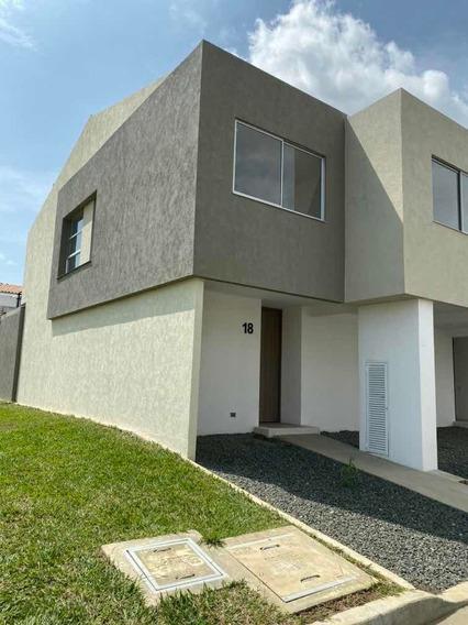 Casa Nueva Esquinera 3 Habitaciones, 4 Baños, 2 Parqueaderos