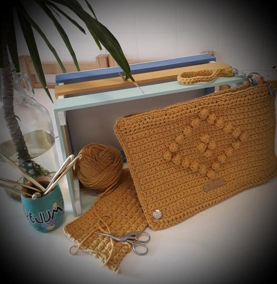 Sobre Clutch Tejido A Crochet. Una Manera Diferente De Andar