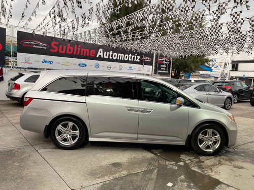 Imagen 1 de 10 de Honda Odyssey 2011 5p Touring Minivan Aut Cd Q/c Dvd