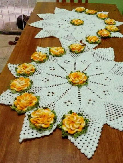 Caminho De Mesa Com Flores Amarelas Croche