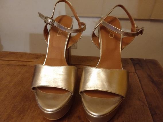 Sandalias Via Uno Dorado Metalizado