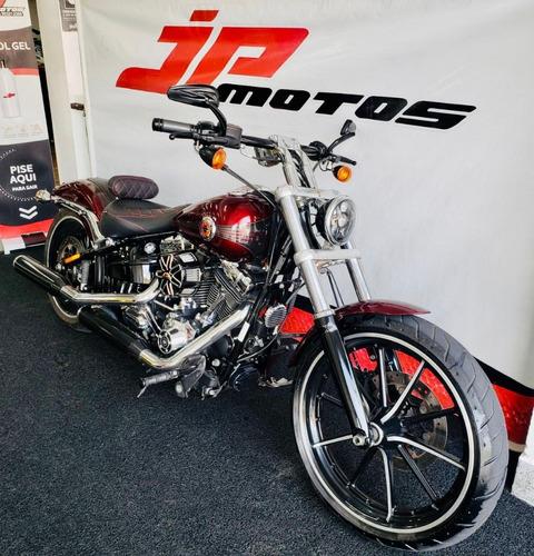 Harley Davidson Breakout 1600 2015 Vermelha