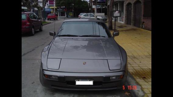 Porsche 944 2