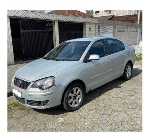 Vw - Polo Sedan 1.6