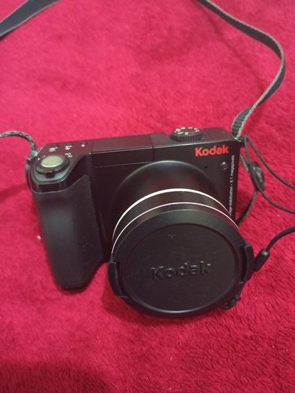 Câmera Kodak Semi Profissional