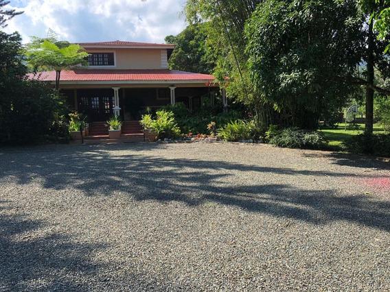 Vendo Villa En Loma El Mogote Provincia San Cristobal