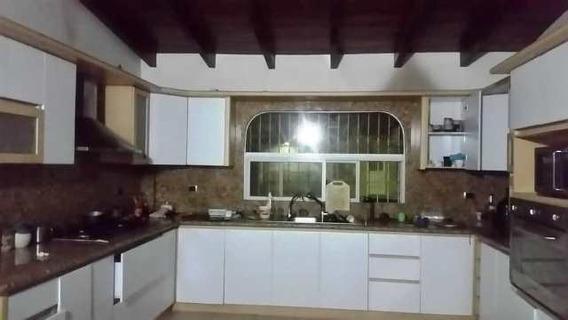 Casa En Alquiler Urb. Tinajas Country