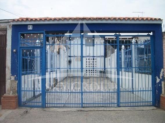 Se Vende Casa En Urbanizacion La Isabelica 04124070540