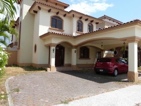 Venta De Casa En Costa Sur 19-3259hel