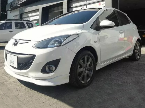 Mazda 2 Takeshi 1.5 Mecánica 2014 (387)