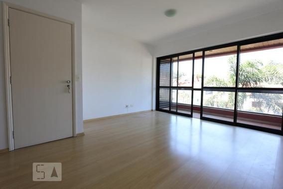 Apartamento No 3º Andar Com 3 Dormitórios E 2 Garagens - Id: 892972011 - 272011