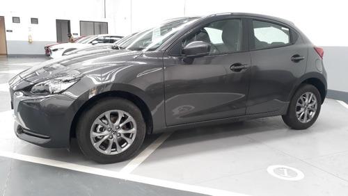 Imagen 1 de 13 de Mazda 2 Sport Touring Mecanico 2022 Machine Gray
